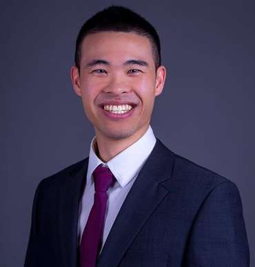 """These are strategies that have been used in increasing my own net wealth,"" says U of T alumnus Mitchell Huynh (BSc 2007 UTM, BCom 2010), who created a personal finance course that is so popular U of T will be tripling enrolment spaces. ""What students learn in this course will empower their future financial decisions."""