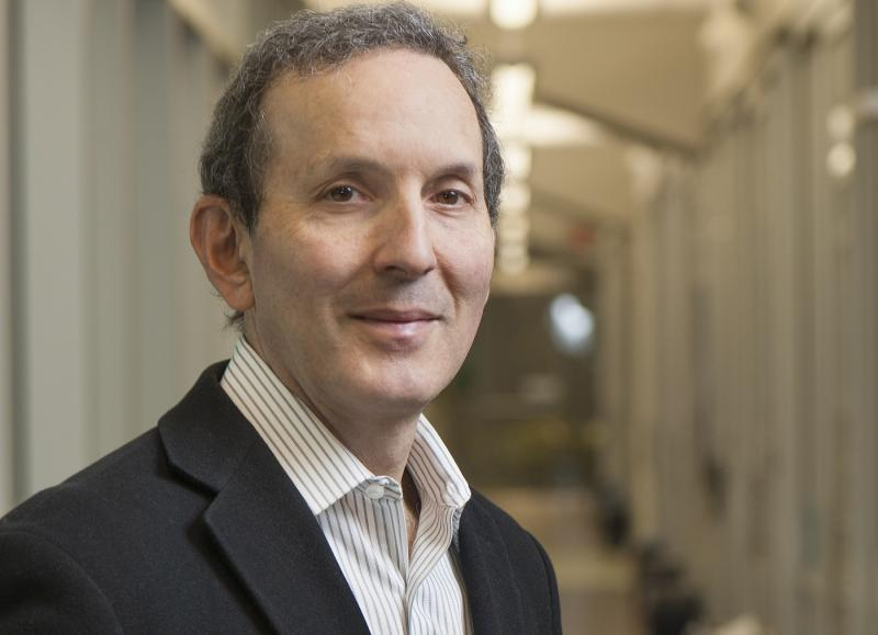Daniel Drucker (MD 1980, PGMT 1983), a professor in the Faculty of Medicine, will receive the Manning Awards Foundation's Principal Award, which comes with $100,000, for his discovery and development of glucagon-like peptide 2 (GLP-2) for short bowel syndrome.