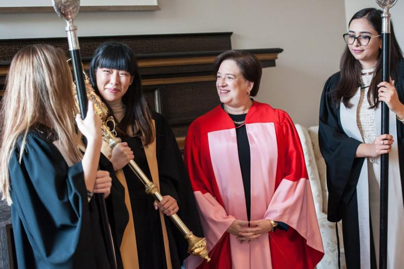 Elena Kagan speaks with U of T students who were part of the ceremony procession (photo by Lisa Sakulensky)