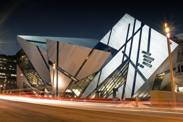 The Royal Ontario Museum at night